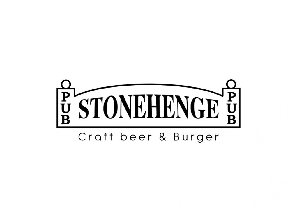 stonehenge-min